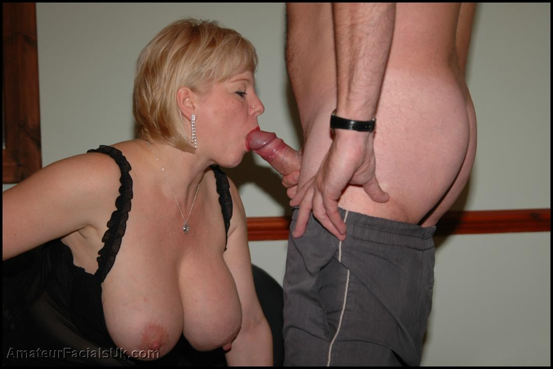 Amateur milf is so fucking hot 10