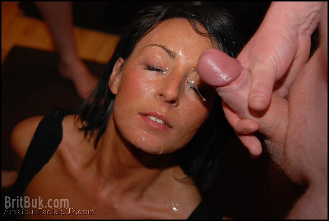 Mia Loving the Feel of Cum on her Face