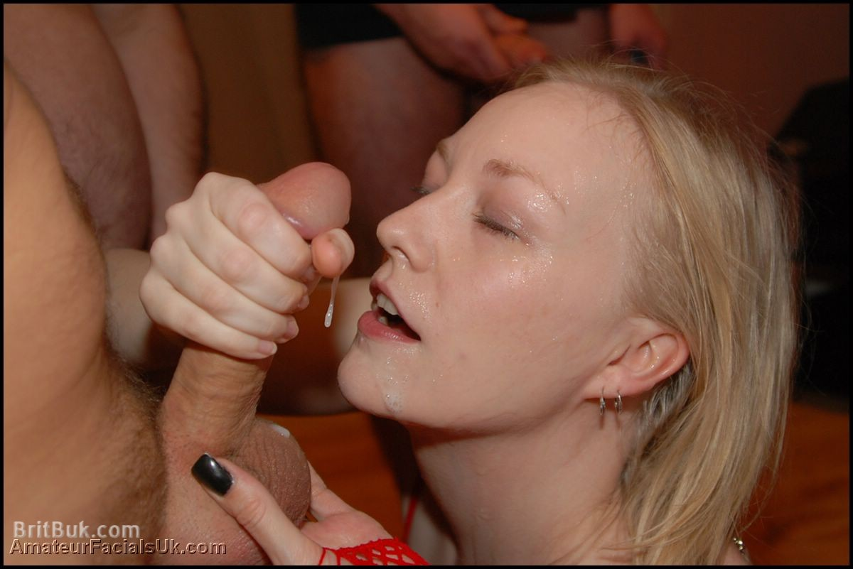 Beautiful cum facial bukkake