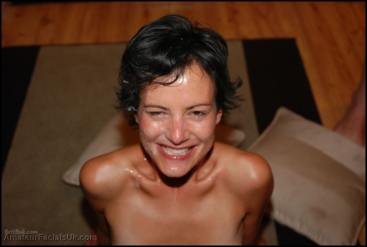 A lovely brit milf satisfies her man in record time 6