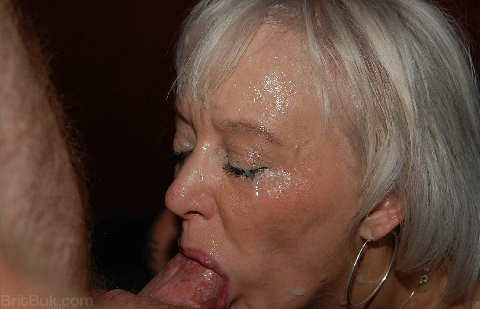 Share your gilf cum pic series