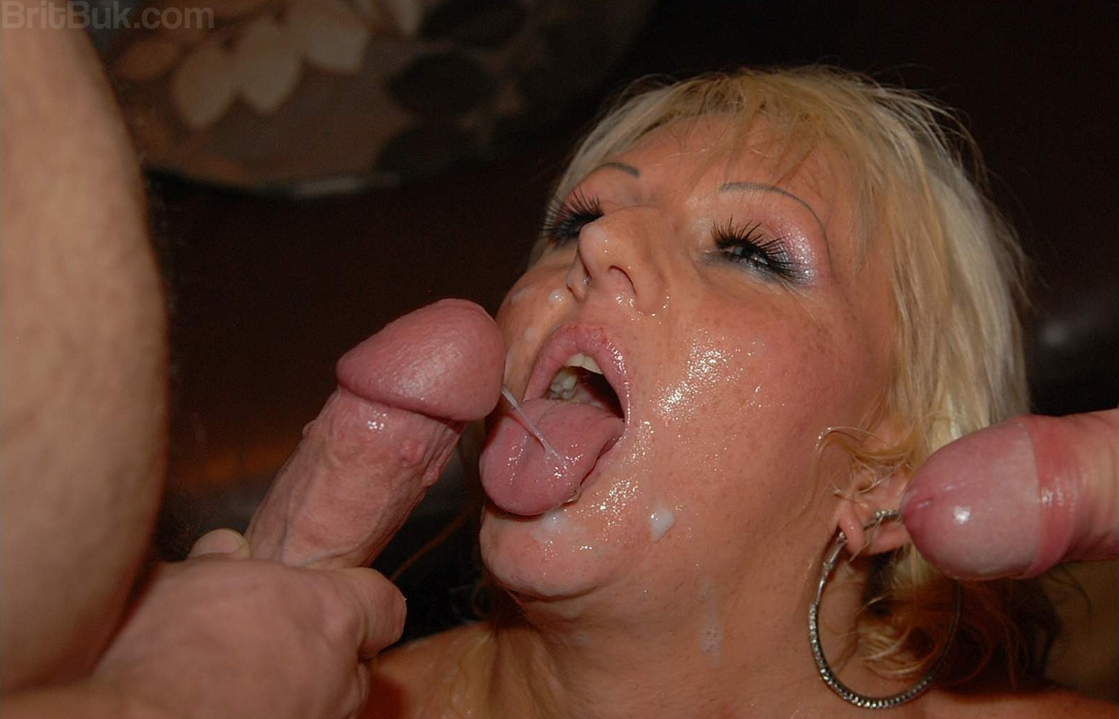 ... Most Incredible British MILFs in Pure Genuine Amateur Bukkake Parties