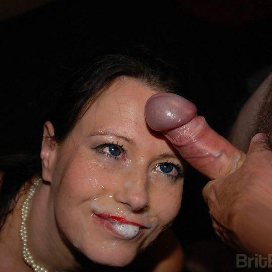 Anabelle Moore 1st Bukkake Experience