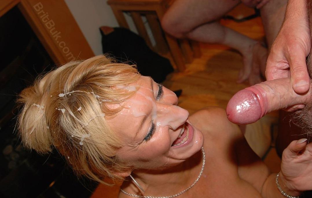 Wife masturbation squirt vid